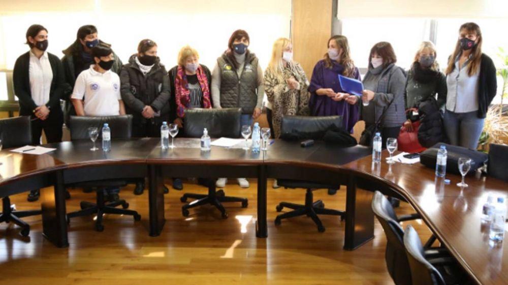 Karina Moyano sigue de campaña y ahora se reunió con mujeres sindicalistas