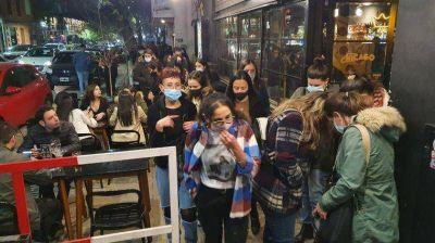 Fuerte movimiento en bares de Córdoba capital por el Día del Amigo