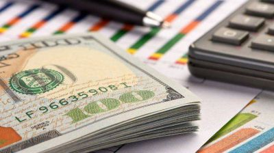 Dólar: Gobierno ve sobrerreacción y esperan que regrese la calma