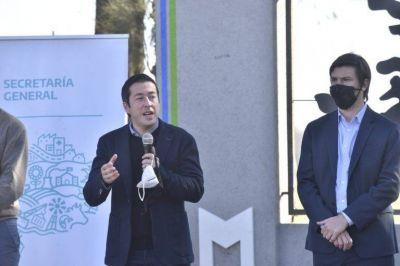 Nardini y Thea entregaron 110 escrituras en Malvinas Argentinas