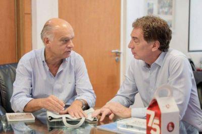 ¿Néstor Grindetti busca un lugar en la lista de Diego Santilli?