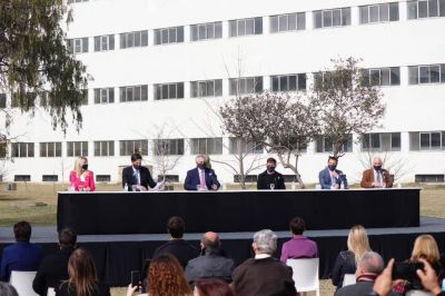 Marisa Fassi participó del anuncio de ampliación de las becas Manuel Belgrano
