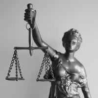 Los jueces pagan el juicio
