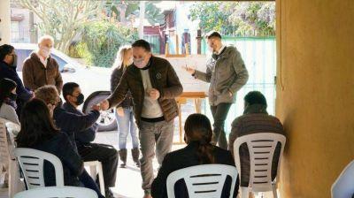 Gray se reunió con vecinos por obras en el Barrio Siglo XXI