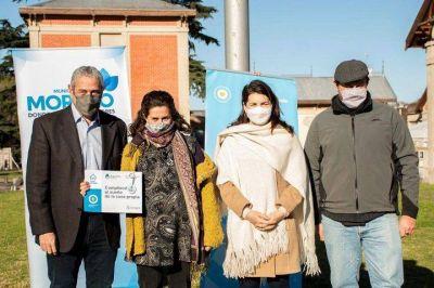Moreno: Ferraresi y Fernández entregaron créditos para la construcción de viviendas