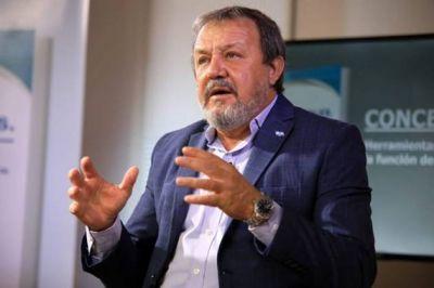 Sorpresa y media: Roberto Costa irá de precandidato a concejal de Juntos