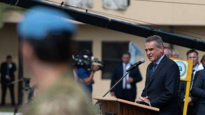 La renuncia forzada de Agustín Rossi expone un costo autoinfligido del Gobierno: un giro para no perder lugar en el Senado