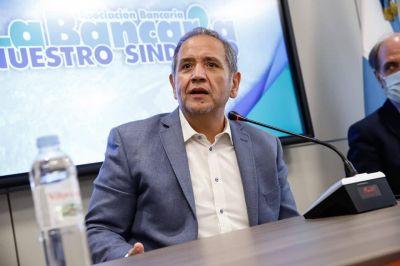 El titular de la Bancaria abrió el debate de la reducción de la jornada laboral