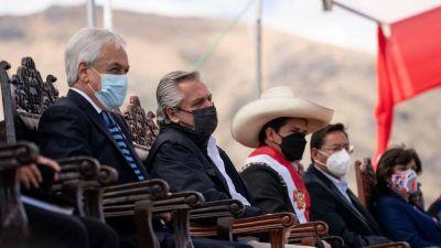 Alberto Fernández regresa de su viaje por Perú y comenzará a definir los cambios en el Gabinete