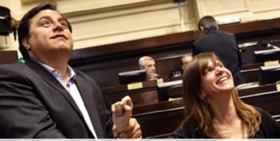 """No hay juego para Iriart: la Junta del FdT observó su lista por """"avales insuficientes"""""""