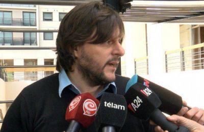 Santoro criticó a Vidal y a Santilli por su silencio ante los dichos antiargentinos de Sabrina Ajmechet