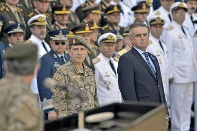 La salida de Agustín Rossi: quedó trunco un ambicioso plan para reestructurar las Fuerzas Armadas