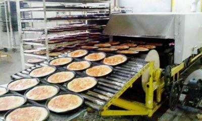 Pasteleros acordó un aumento del 42% para personal de fábricas de prepizzas y discos de empanadas