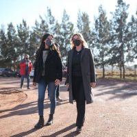 Marisa Fassi y Paula Español visitaron Cerámicas Cañuelas