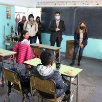 Fernando Moreira acompañó el regreso de las clases en las escuelas de San Martín