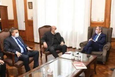 Manzur agradeció a Palazzo por la ayuda social que La Bancaria prestó en Tucumán durante 2020