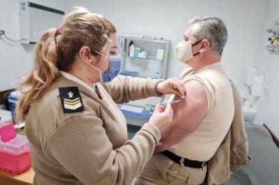 Arrancó la vacunación con segunda dosis a miembros de las fuerzas de seguridad desplegados en el AMBA
