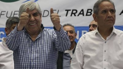Sergio Palazzo y Hugo Moyano, en el centro de una pulseada que puede dejar al Gobierno con menos aliados y más enemigos sindicales