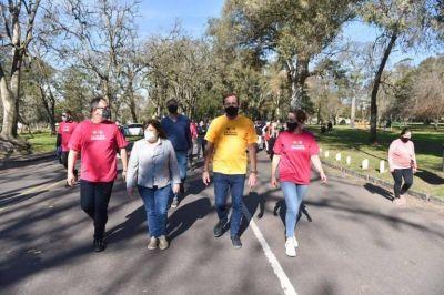 Garro, Ocaña y Perechodnik participaron de una recorrida de campaña en el Paseo del Bosque
