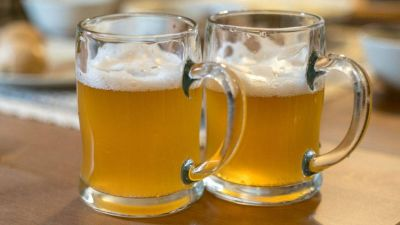 Expertos avisan de las contraindicaciones de beber cerveza para la salud