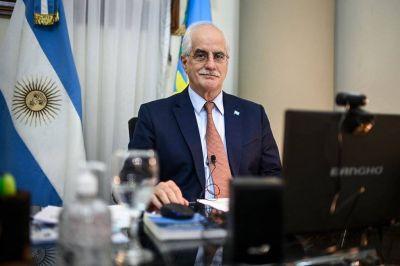 Santiago Cafiero anunció que Jorge Taiana reemplazará a Agustín Rossi en el Ministerio de Defensa