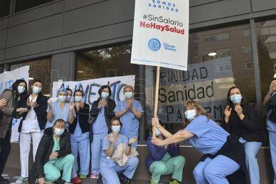 Sindicatos sugieren a los trabajadores que se vacunen, pero rechazan la postura de la UIA
