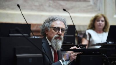 El kirchnerismo quiere congelar las tarifas de telecomunicaciones por ley