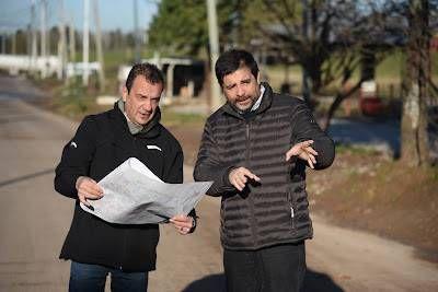 Fernando Moreira recorrió el avance de obras del Camino de Borde