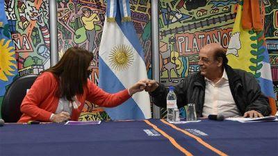 """Estela Díaz y Juan José Mussi firmaron la adhesión de Berazategui al programa """"Comunidades sin violencias"""""""
