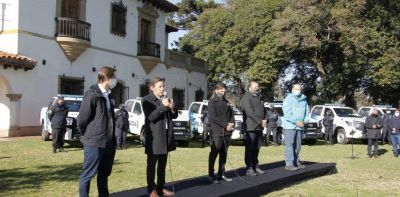 Axel Kicillof y Sergio Berni le entregaron patrulleros a un intendente de Juntos y llevaron al acto a los candidatos peronistas