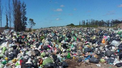 """""""El Municipio paga para enterrar basura pero no invierte nada en los recicladores"""""""