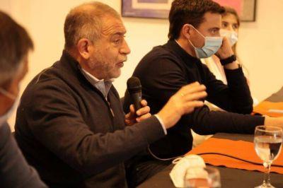 De campaña en Villa Carlos Paz, Luis Juez afirmó que la actividad turística en Córdoba 'no tuvo la atención que se merecía'