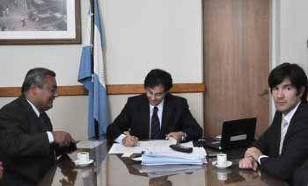 Se concreta el acuerdo para dictar la Licenciatura en Comunicación Social