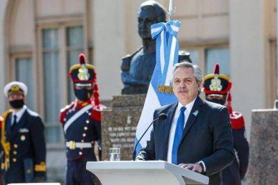 Antes de compartir acto con Cristina Kirchner, Alberto Fernández encabeza un homenaje a San Martín
