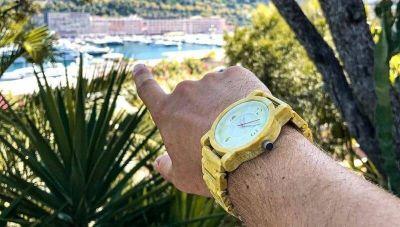 ¿Sabías que en Córdoba se diseñó el primer reloj del mundo hecho con plástico 100% reciclado? (se comercializa en Europa entre € 89 y € 95)
