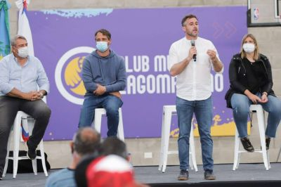 Pilar: Achával inauguró el Club Municipal Lagomarsino