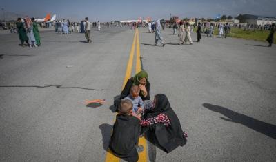 Tras la toma de Kabul por los talibanes, los cristianos huyen desesperados de Afganistán