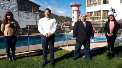 «El kirchnerismo quiere patotear Carlos Paz con Serna y Maggi»
