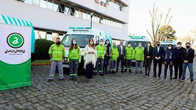 El gobierno de Avellaneda entregó nuevas ambulancias para el SAME