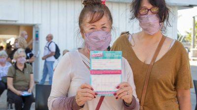 Arrancan vacunatorios móviles casa por casa en el Conurbano