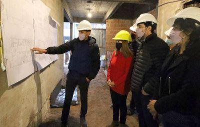 Fernando Moreira recorrió las obras del nuevo edificio de la Escuela de Artes Visuales Antonio Berni