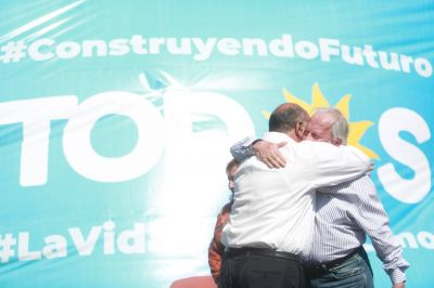 La larga marcha de los sindicalistas a Tucumán y la apuesta por el último caudillo del Norte