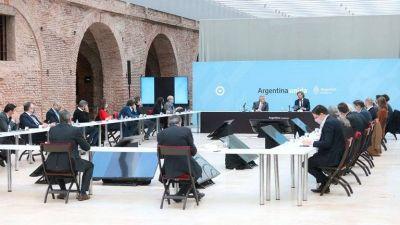 La reunión de Gabinete buscó reforzar la unidad y evitar más errores en el tramo final de la campaña