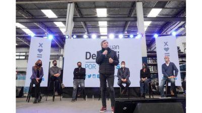 Máximo Kirchner, Massa y Tolosa Paz presentaron la lista del FdT en Tres de Febrero