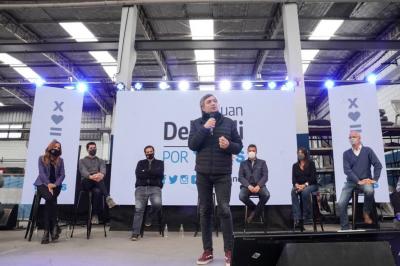 Máximo Kirchner expuso el discurso de campaña de Diego Santilli