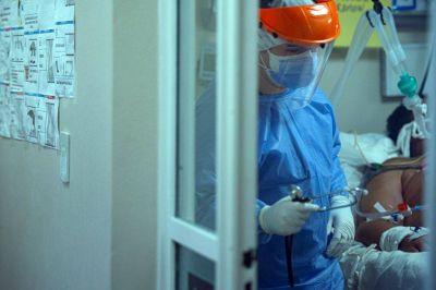 """Variante Delta: tras el fallecimiento del """"caso cero"""", una mujer continúa internada en grave estado"""