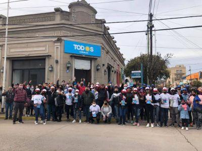 El Frente de Todos Cañuelas comenzó la campaña con una caminata