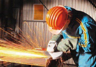 Sin la UIA, el Gobierno arma plan industrial para