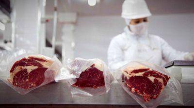 Cae la entrada de dólares por el cepo a la carne: ¿qué pasará con el recorte a las exportaciones?