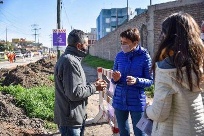 Mayra Mendoza visitó los avances en las obras de Avenida La Plata